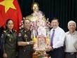 Une délégation militaire cambodgienne en visite à Vinh Long