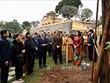 Des dirigeants font offrande de baguettes d'encens à la cité impériale de Thang Long
