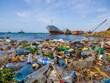 Multiplier les initiatives et solutions pour réduire la pollution plastique