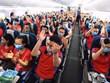 COVID-19: 350 volontaires de l'Université de médecine de Hanoï partent en mission à Binh Duong