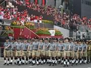 Le PM présent à la parade nationale de Singapour