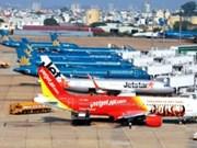 Des investisseurs étrangers intéressés par le secteur aérien vietnamien