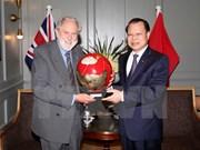 Le vice-PM Vu Van Ninh au Royaume-Uni