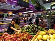 Supermarché : porte grande ouverte sur les produits agricoles des localités