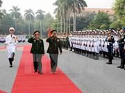 Vietnam et Laos promeuvent la coopération entre leurs Armées