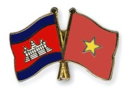 Long An : cadeaux à des habitants démunis à Phnom Penh