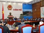 Le vice-PM Nguyen Xuan Phuc reçoit de jeunes Laotiens