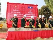 Mise en chantier de la maison traditionnelle du Commandement militaire de Vientiane