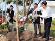 Lancement de la Fête de plantation d'arbres du Printemps Binh Thân 2016