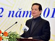 Le PM travaille avec les conseillers commerciaux vietnamiens à l'étranger