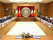 Entretien entre les présidents des AN vietnamienne et française