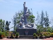 Hausse du nombre de touristes au mémorial de Son My