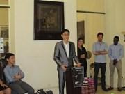 """Nguyên Viêt Dung et Zoé Henri remportent le concours """"Éloquence en ASEAN 2016"""""""