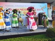 Festival de Huê 2016, lieu de rencontres et d'échanges culturels