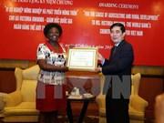Victoria Kwakwa distinguée pour son dévouement à l'agriculture du Vietnam