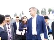 Un vice-PM tchèque travaille avec les Vietnamiens sur l'ETT