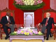 Des dirigeants vietnamiens reçoivent l'envoyé du premier secrétaire du Parti communiste de Cuba