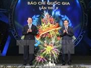 Le président Trân Dai Quang exhorte la presse à se rénover