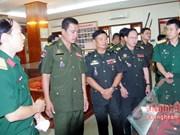Une délégation de l'Armée royale du Cambodge en tournée à Nghê An