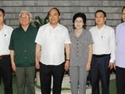 Le PM rencontre les responsables de l'Association des Anciens jeunes volontaires du Vietnam