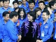 La Présidente de l'AN reçoit 445 jeunes exemplaires du Vietnam