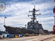 Un navire de la Marine américaine jette l'ancre à Da Nang