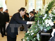 Tran Dai Quang rend hommage au roi Bhumibol Adulyadej de Thaïlande