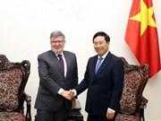 Vietnam et France intensifient la coopération dans les infrastructures et le transport
