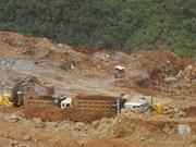Le président philippin va examiner la décision de fermeture des mines