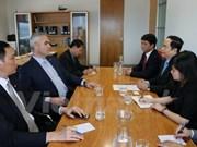Une délégation du Comité central du FPV en tournée en Nouvelle-Zélande