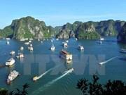Plus de 6.200 touristes à Ha Long