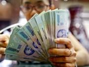 Les recettes budgétaires dépassent les prévisions de 70.000 milliards de dongs