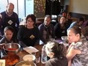 A Paris, un restaurant donne des cours de cuisine vietnamienne