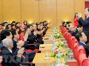 Journée des médecins vietnamiens : des dirigeants en visite dans des hôpitaux