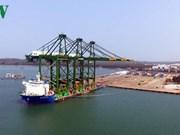 Le Vietnam exporte des portiques sur rail pour charges lourdes en Inde