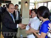 Le PM Nguyen Xuan Phuc rencontre la communauté des Cambodgiens d'origine vietnamienne