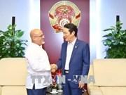 Le Vietnam et Cuba signent un accord de coopération dans le secteur de la publication