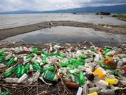 Effort conjoint des partenaires internationaux contre la pollution par le plastique au Vietnam