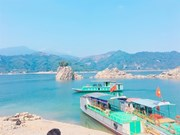 Coopération efficace pour le développement touristique autour du lac de Hoa Binh