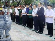 Le 27 juillet : Le président Tran Dai Quang rend visite à Hung Yen
