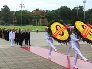 Fête nationale : des dirigeants rendent hommage au Président Ho Chi Minh