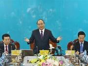 Premier ministre : le Vietnam doit devenir un pays puissant en technologies de l'information