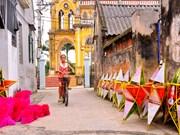 La fabrication des lanternes étoilées bat son plein à Nam Dinh
