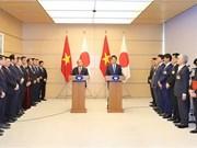 Vietnam-Japon : les deux PM président un point presse conjoint