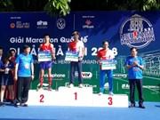 Plus de 2.600 sportifs courent à la découverte du patrimoine de Hanoi