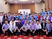 AFF Suzuki Cup 2018 : l'ambassadeur vietnamien au Laos encourage l'équipe du Vietnam