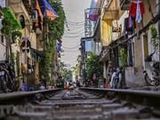 La surprenante rue du train à Hanoï