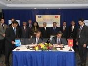 Le Vietnam et la BM signent quatre accords de crédit