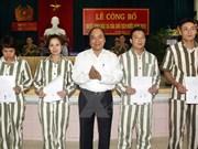 Le vice-PM Nguyên Xuân Phuc demande d'aider les graciés