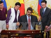 Le président vénézuélien Nicolás Maduro quitte le Vietnam